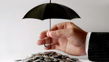 4 Ways Inclement Weather Can Affect Payroll