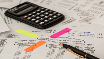 4 Reasons To Hire A Tax Preparer For Your Business