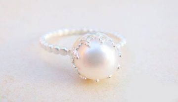 Experience the Benefits of Wearing Pearls